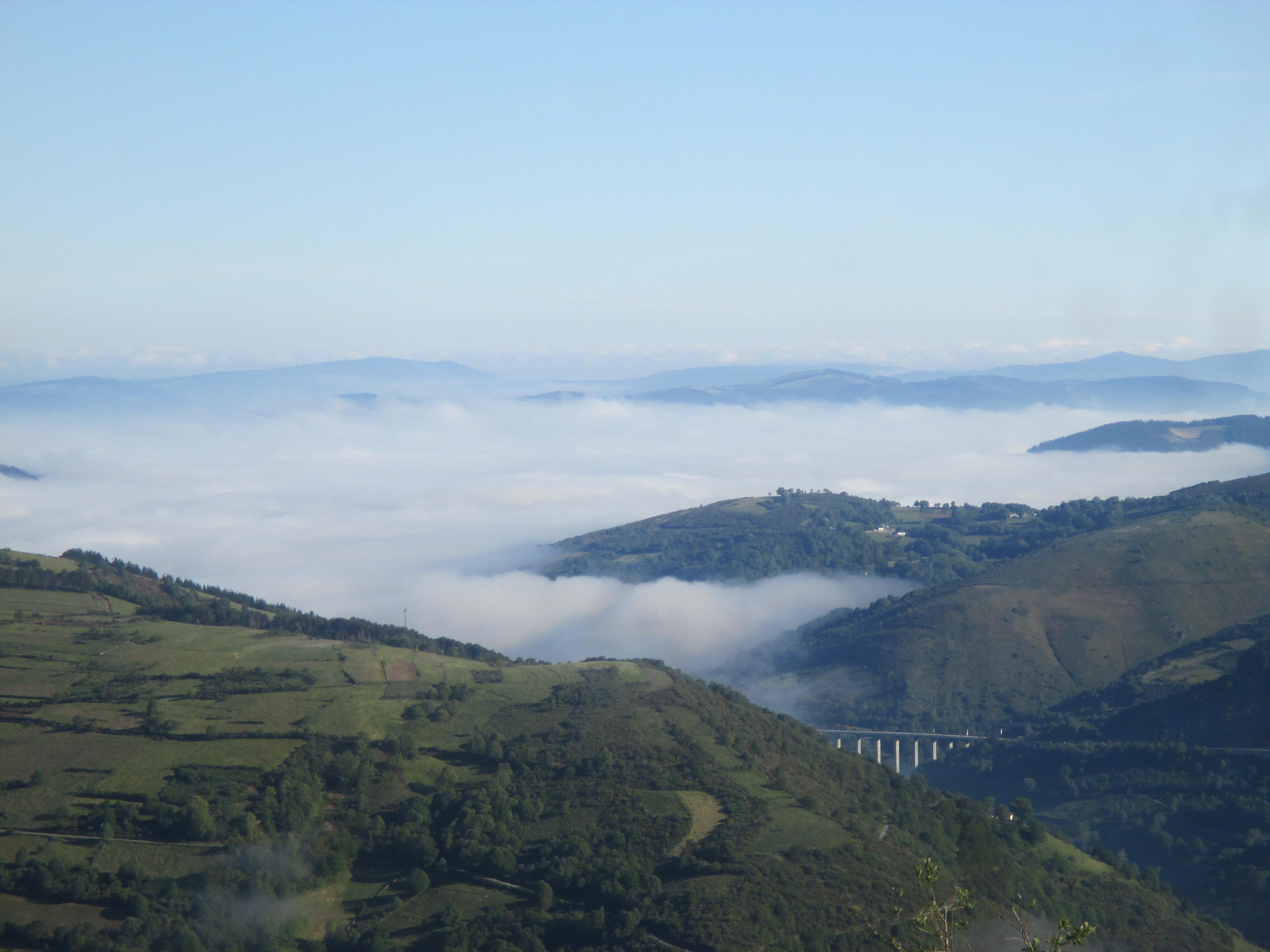 27.- O CEBREIRO – TRIACASTELA ( 21,7 Km)